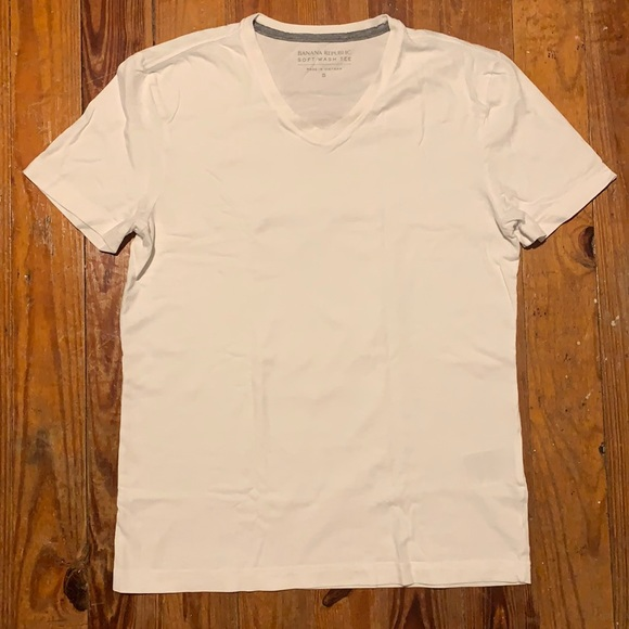 White Banana Republic T-Shirt